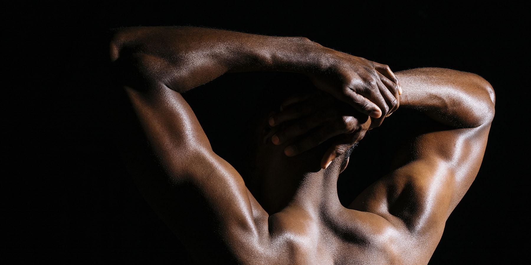shoulder stretches after workout