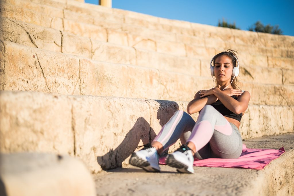 Should I Drink While Exercising?